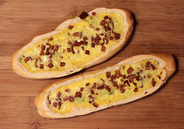 Egg Boat   Um belíssimo pão com ovo