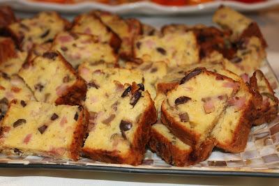 Torta Salgada com Azeitona e Presunto