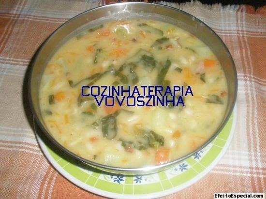 Feijão branco com legumes e couve