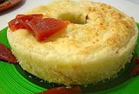 Pão de queijo salgado e doce