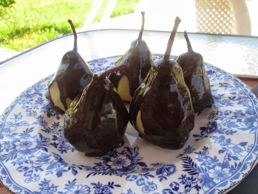 Poached pears with chocolate sauce