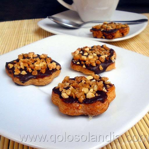 Galletas caseras de almendra y chocolate