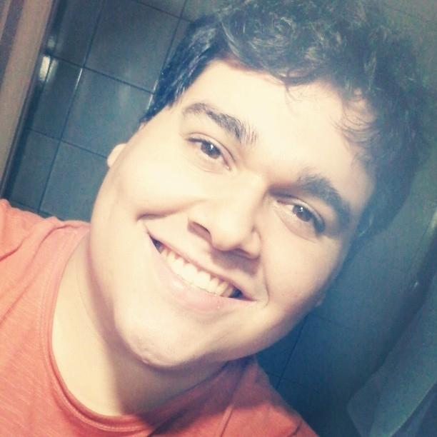 Entrevista: Pedro Araújo, o primeiro admirador declarado de gordinhas do Brasil