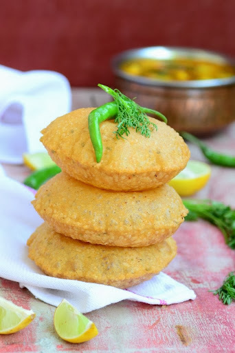 Bedmi Poori \ Lentil Stuffed Fried Bread