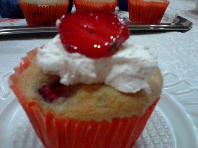 Cupcake de Morango e Hortelã