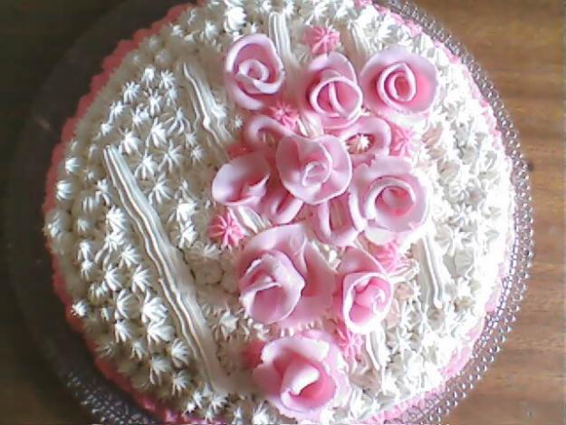bolo decorado com glace de gordura hidrogenada