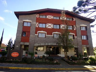 Hospedagem Maravilhosa em Gramado: Flat Master no Hotel Alpenhaus e Atenção Especial do Proprietário!