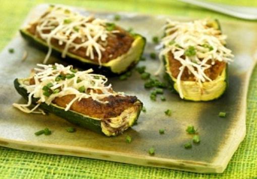 Receta de Zapallo italiano relleno de carne al horno