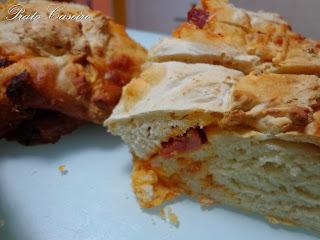 Pão saloio com chouriço de porco preto (na Bimby e Actifry)
