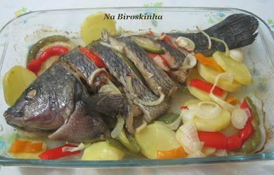 tilapia inteira no forno
