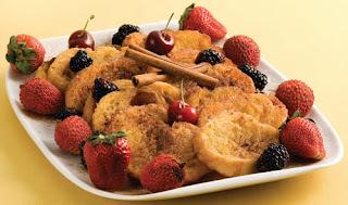 decorar um prato de doce com frutas