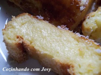 de bolo de mandioca cozida com coco de liquidificador