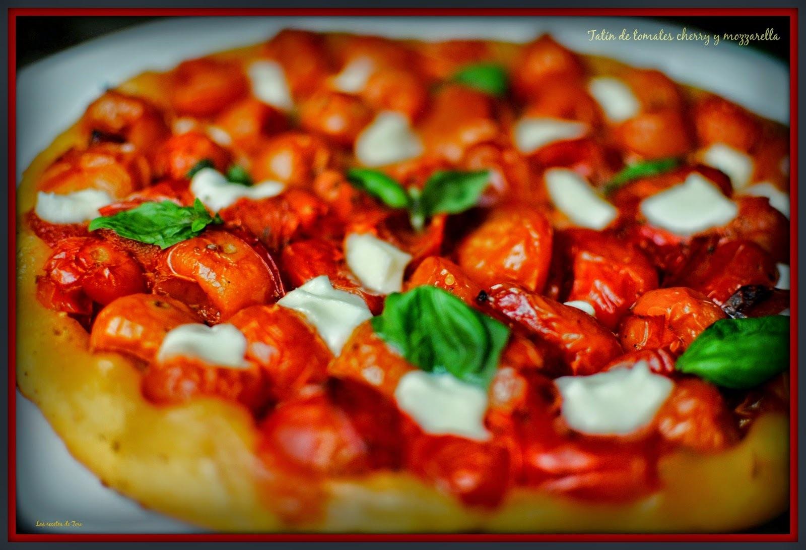 Tatín de tomates cherry y mozzarella.