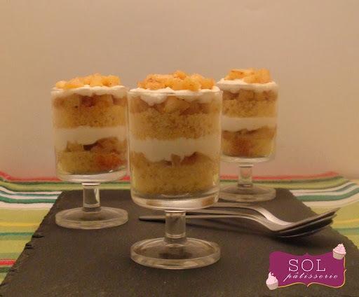 Verrines de naked cake au quatre-quarts et aux pommes caramélisées - Naked cake de quatro-quartos e maçã caramelizada na taça