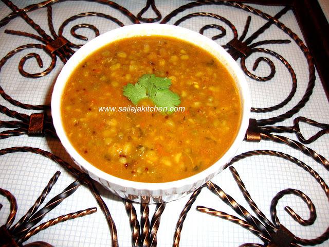 Green Moongh Dal Curry / Lasanwala Mug Recipe