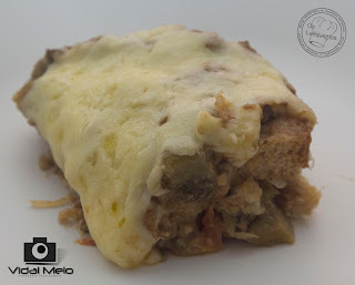 Torta de berinjela com pão de fôrma integral