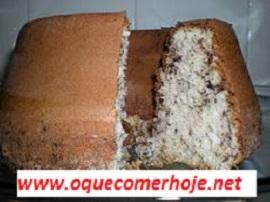 simples bolo formigueiro com coco