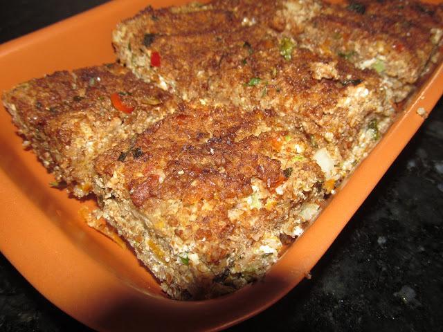 salada de abobrinha com farinha de quibe