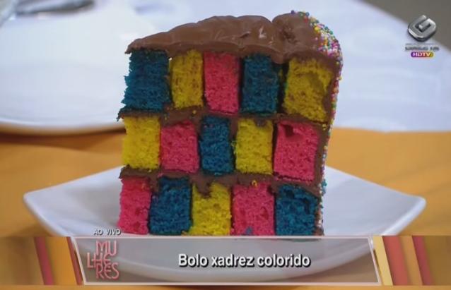 [VÍDEO] Como fazer um Bolo Xadrez Colorido