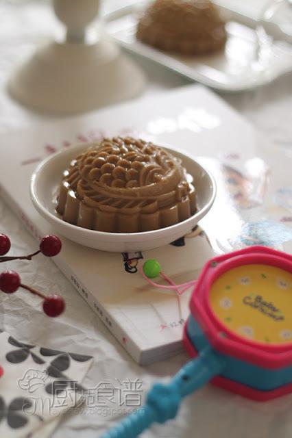 白咖啡芝士燕菜月饼【White Coffee Cheese Jelly Mooncake】