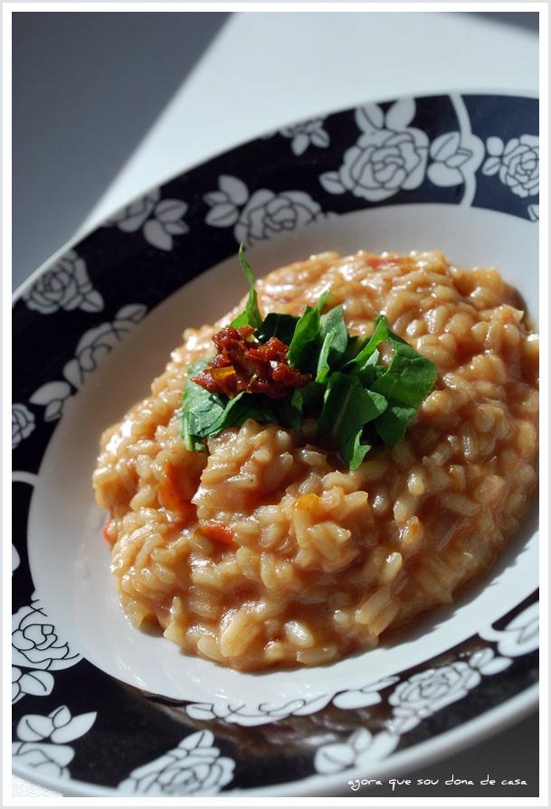 delícia do final de semana: risoto de tomates secos