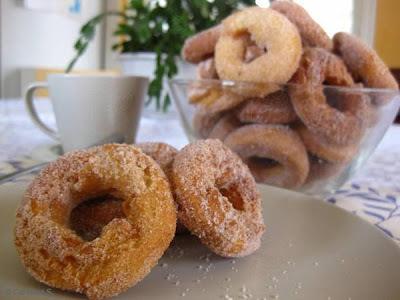 rosquinhas de vinagre fritas