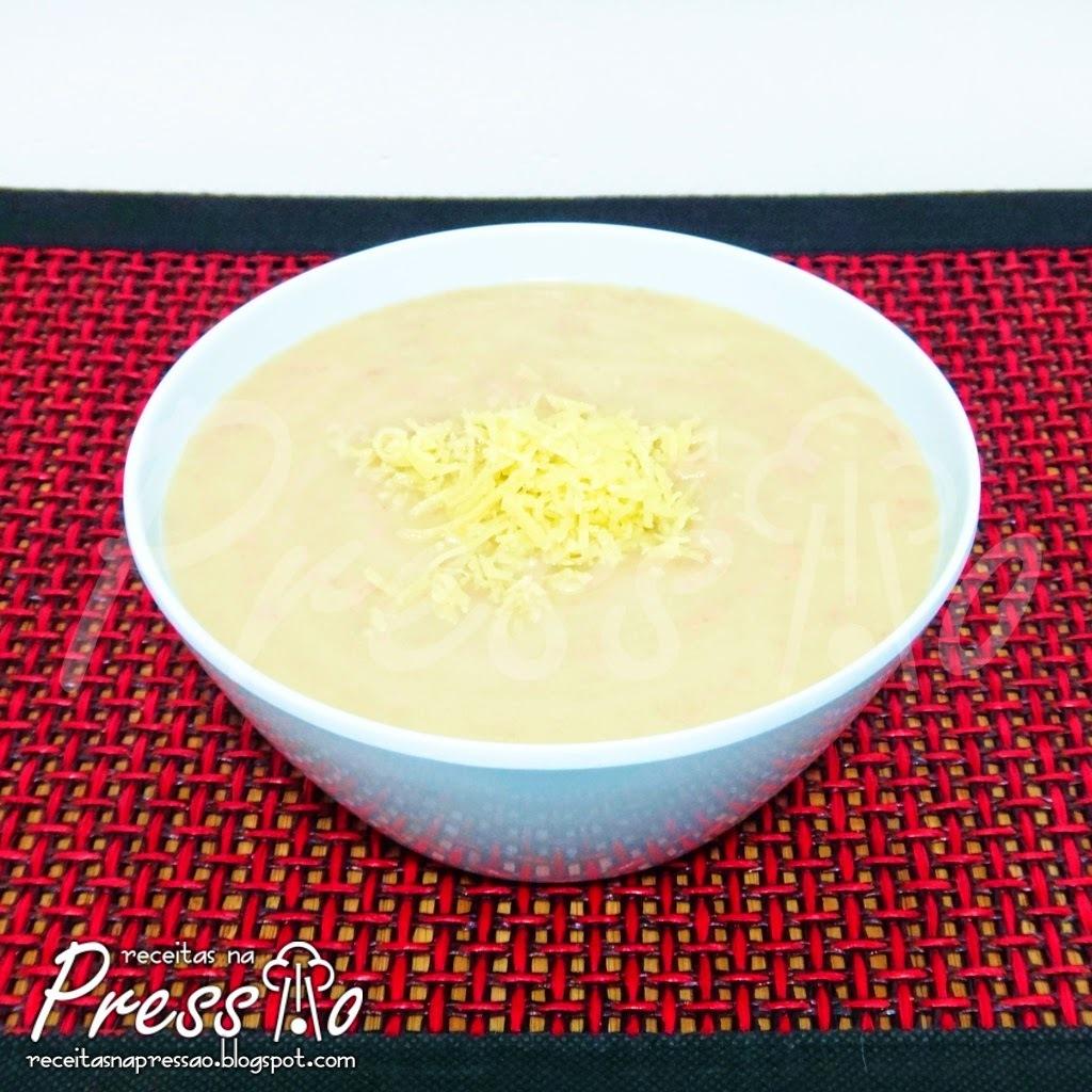 Sopa Creme de Batatas com Carne na Pressão