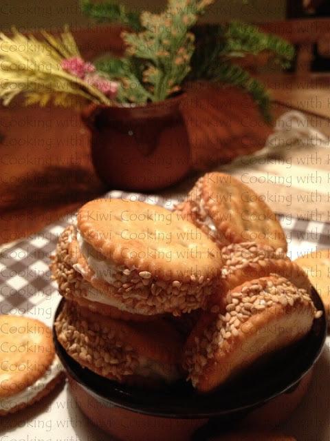 Aperitivo de galletas saladas