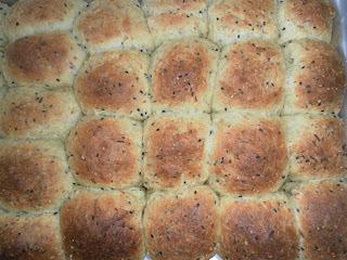Pãozinho de linhaça e gergelim