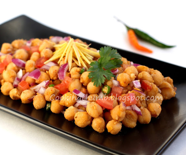 Chana Chaat / Chickpea Salad