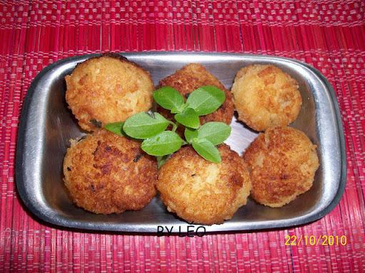 Almondêgas de pão