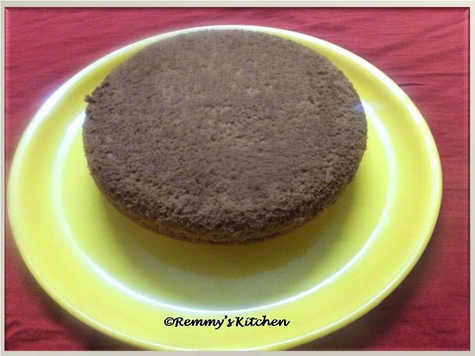 Easy vanilla sponge cake :Pressure cooker method