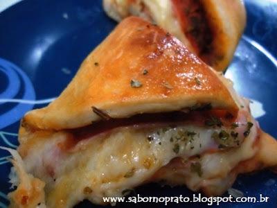 pão recheado com presunto e queijo com fermento em po