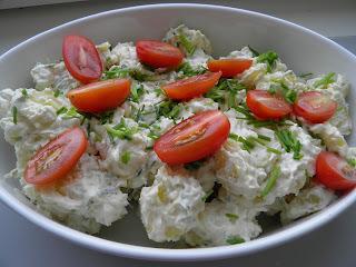 Kartoffelsalat, en klassiker til grillmaden
