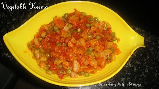Gobi matar Keema (Vegetable Keema)