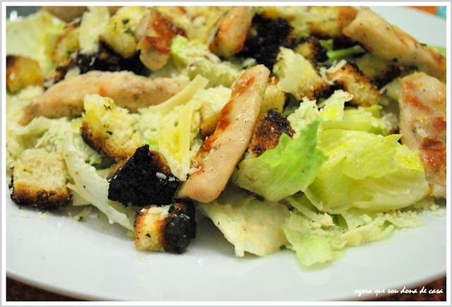 nova versão da preferida do marido: grilled chicken caesar salad