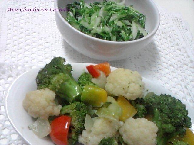 Legumes Salteados no Azeite e Alho e Acelga Refogada
