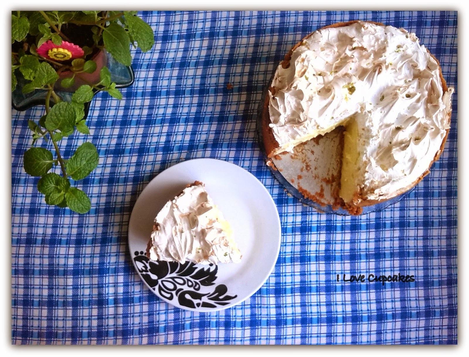 torta de limão com biscoito forma de cupcake