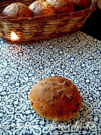 Petits pains ultra-fromagés à la semoule de maïs et au piment d'Espelette