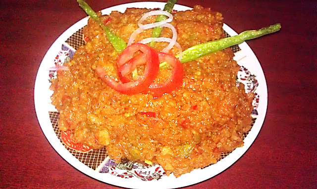 Pav Bhaji (Unleavened Bread With vegetable)