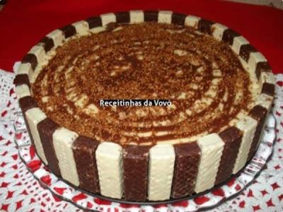 torta de bis gelada facil com achocolatado
