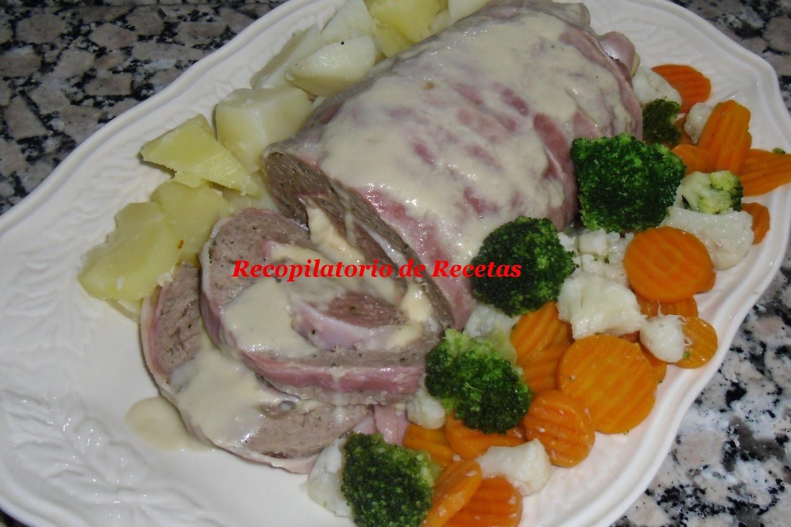 """Pan de carne con verduras al vapor con salsa de champiñones en thermomix """"Varoma"""""""