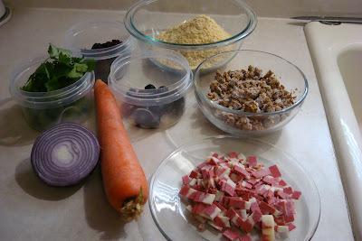 de farofa com farinha de milho e cenoura e carne