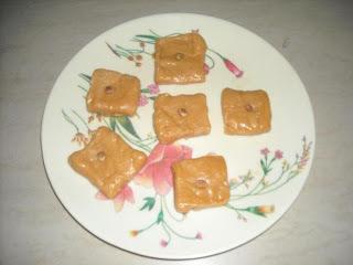 Milk & Curd Vadi (Dahi-dudhachya vadya)