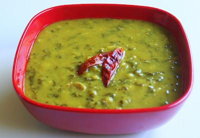 Spinach Sambar / Palak Soppu Huli / Palak Keerai Sambar