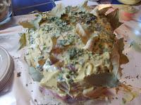 Rôti de porc en papillote à la moutarde et aux aromates.