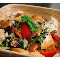 Sabores frescos e aromas de ervas - Mais uma saladinha para rebater o calor!