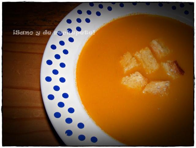 Sopa de papaya y tomate con toque picante