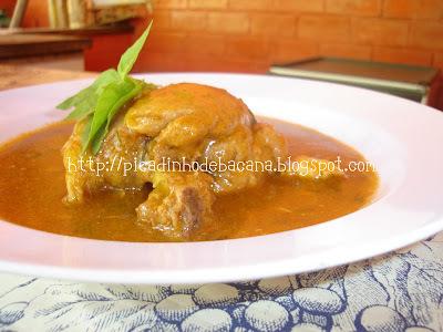 sopa de galinha com pescoço