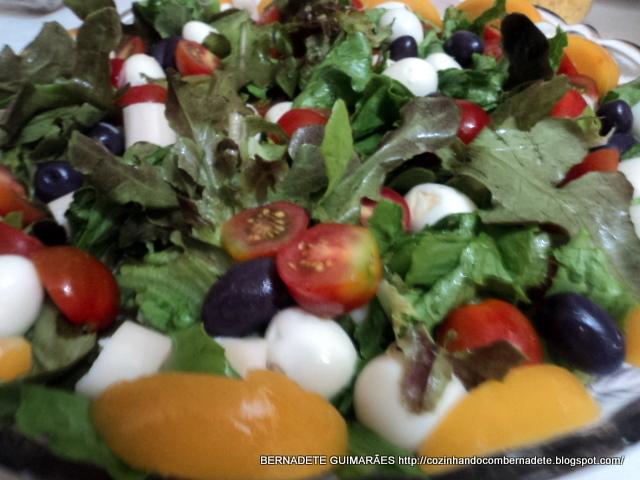 ver salada de folhas decoradas